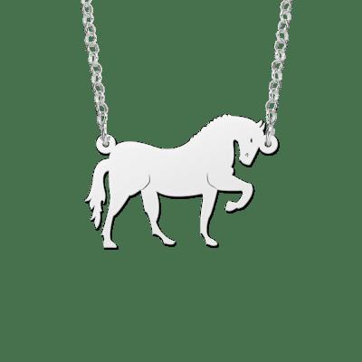 Zilveren paard hanger aan ketting