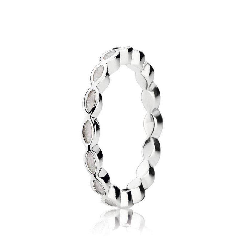PANDORA ring met gedraaid patroon en wit email 190884EN23