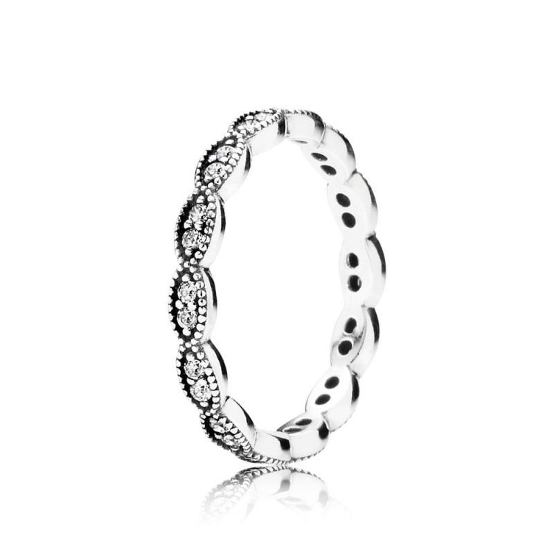 PANDORA ring van glinsterende bladeren 190923CZ