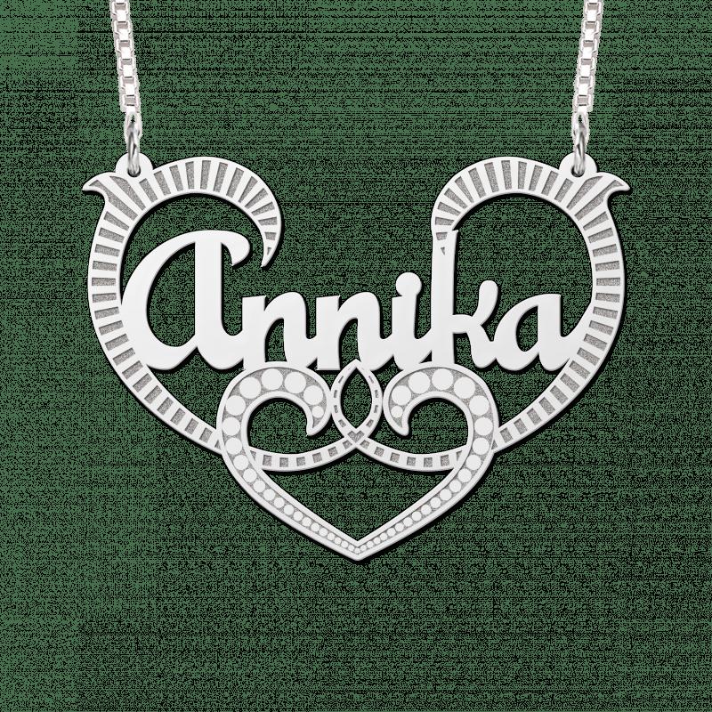 Naamketting van zilver met krul voorbeeld Annika
